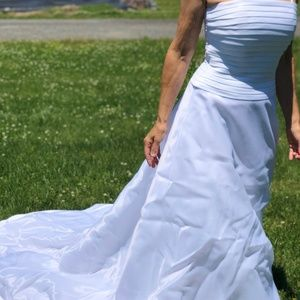 David's Bridal Michaelangelo Wedding Dress Size 10